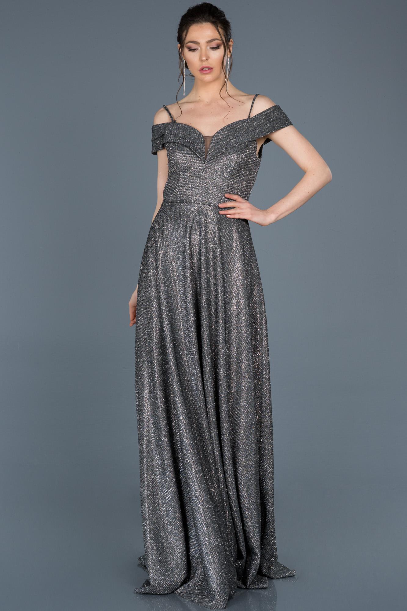 Siyah-Gümüş Kayık Yaka Simli Abiye Elbise
