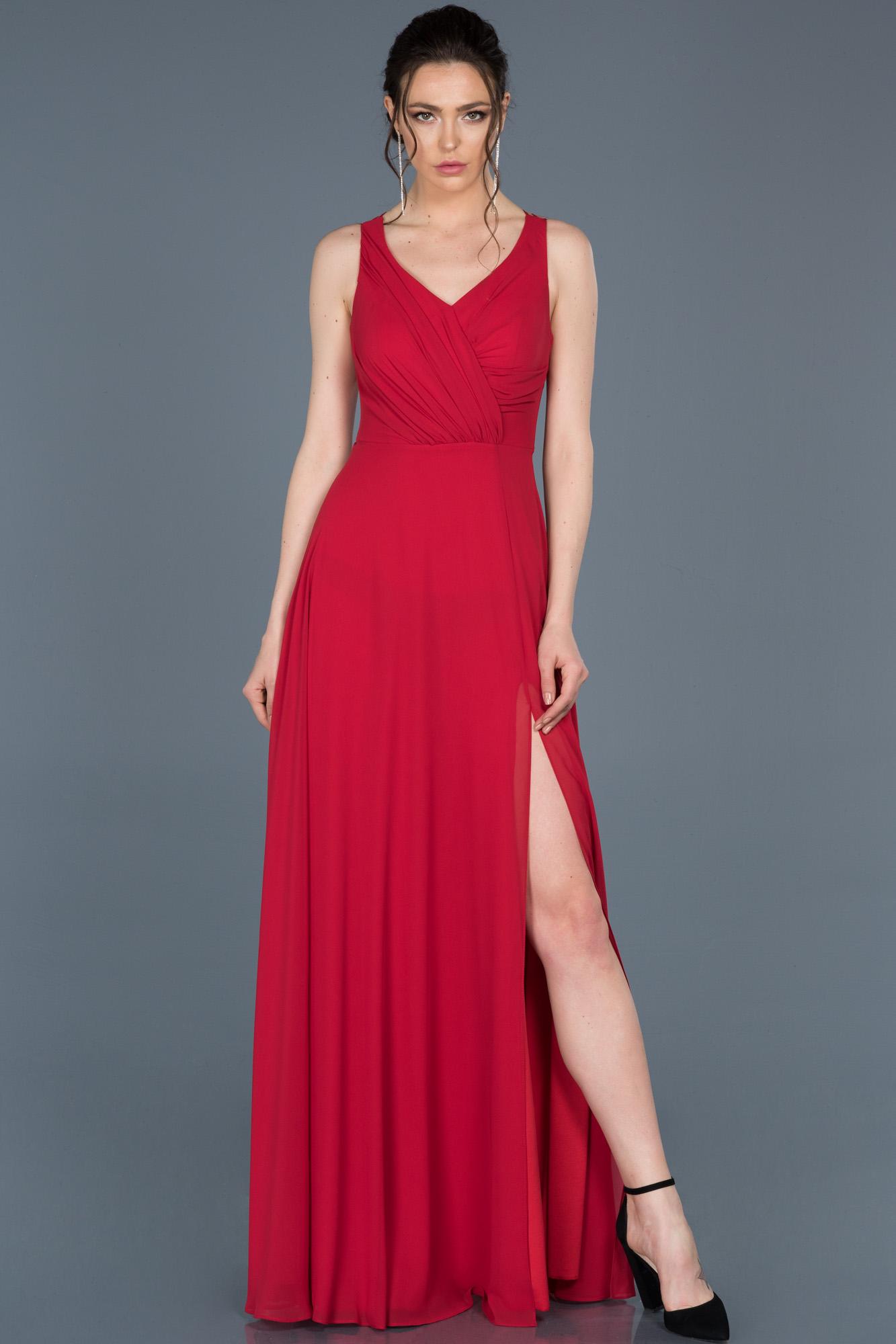Kırmızı Uzun Yırtmaçlı Abiye Elbise