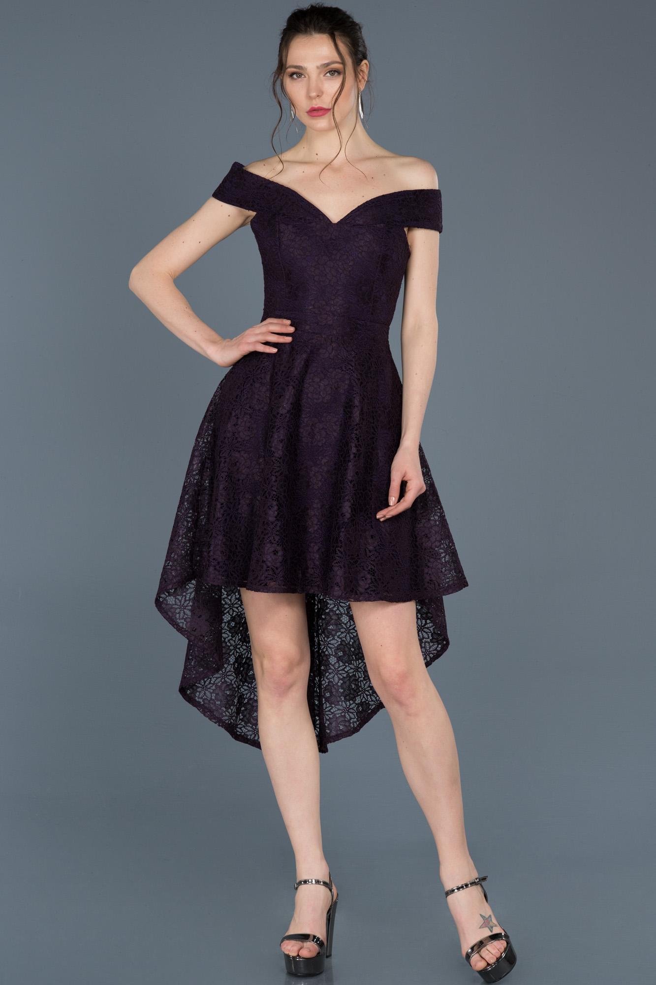 Koyu Mor Önü Kısa Arkası Uzun Güpürlü Davet Elbisesi