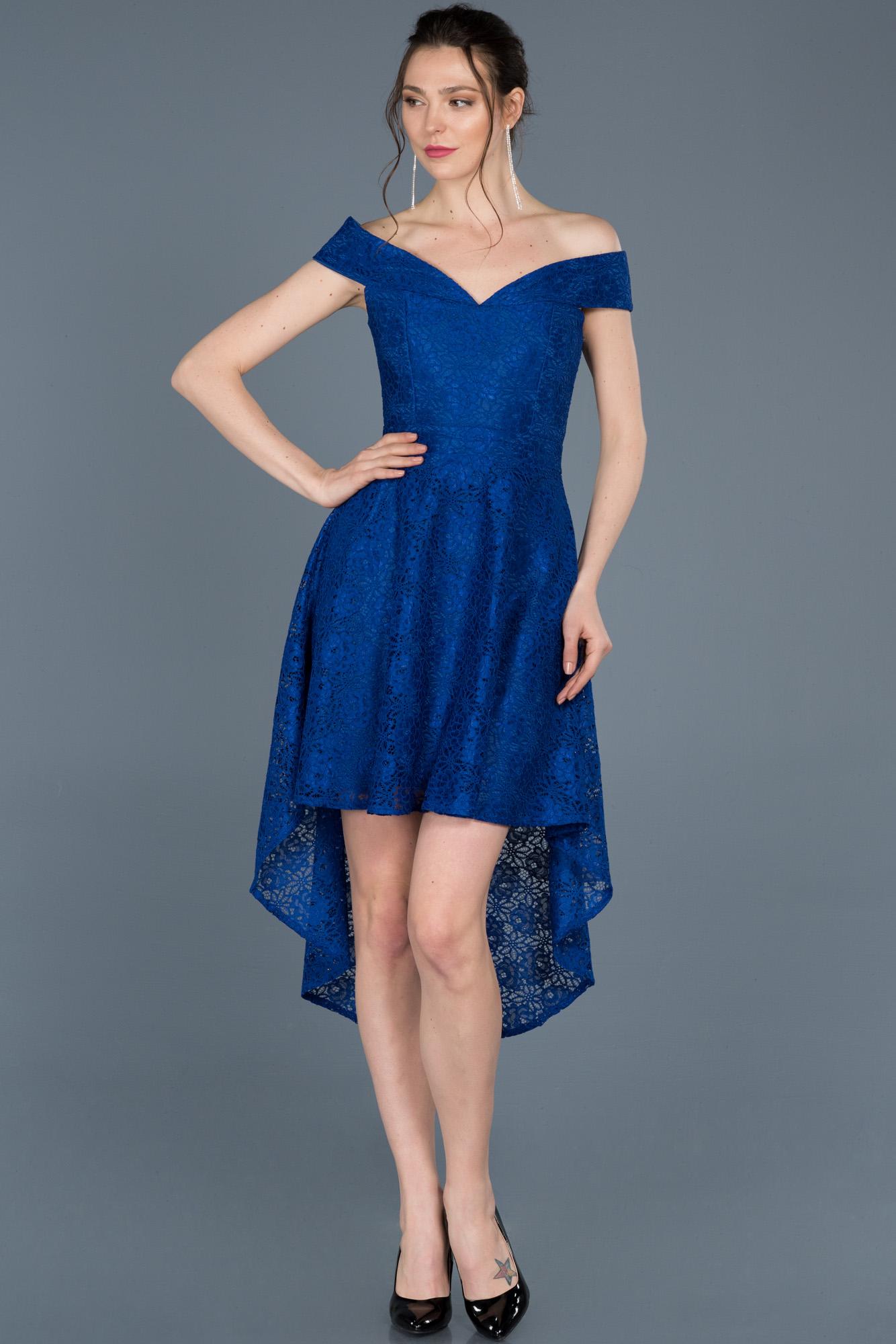 Saks Mavi Önü Kısa Arkası Uzun Güpürlü Davet Elbisesi