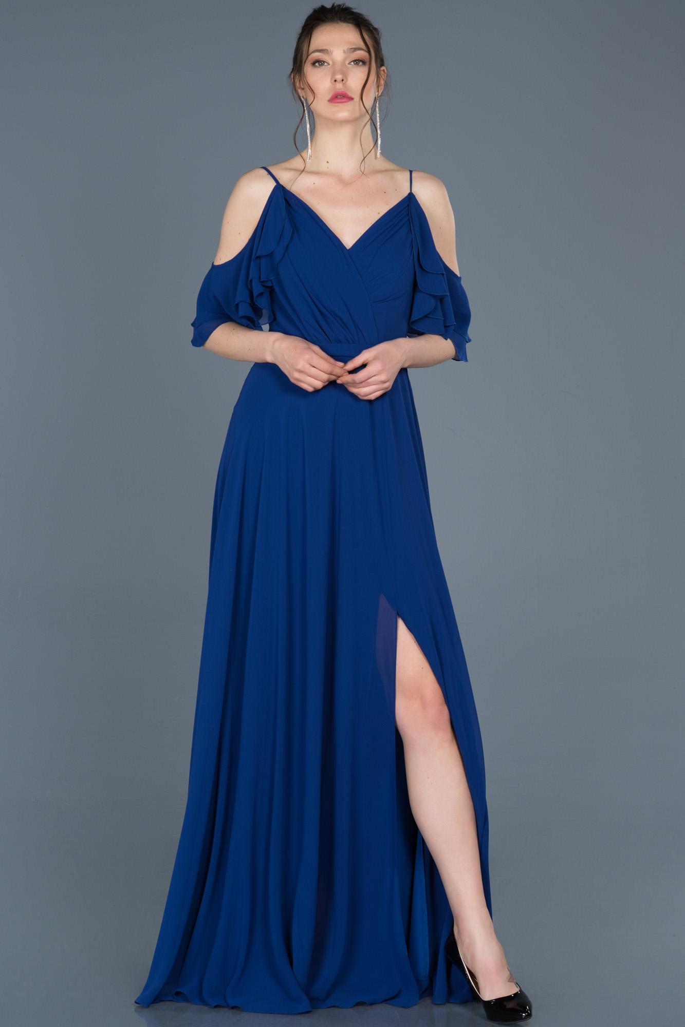 Saks Mavi Uzun V Yaka Yırtmaçlı Abiye Elbise