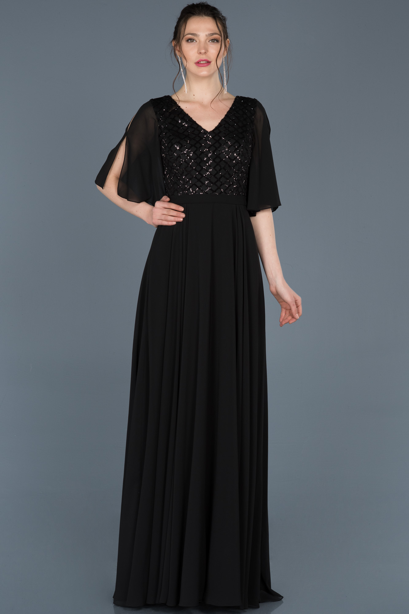 Siyah V Yaka Kısa Kollu Abiye Elbise
