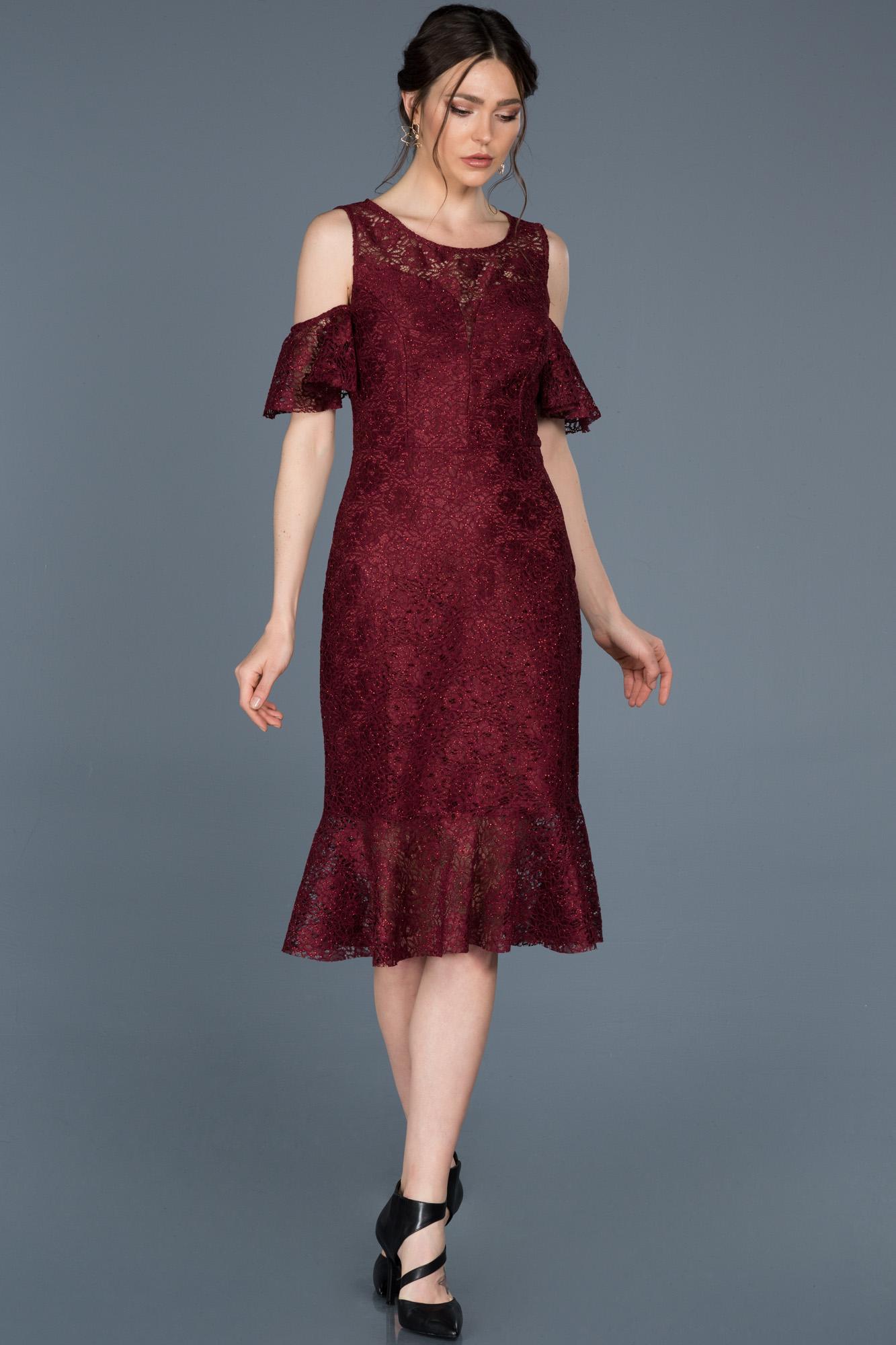 Midi Bordo Güpürlü Davet Elbisesi