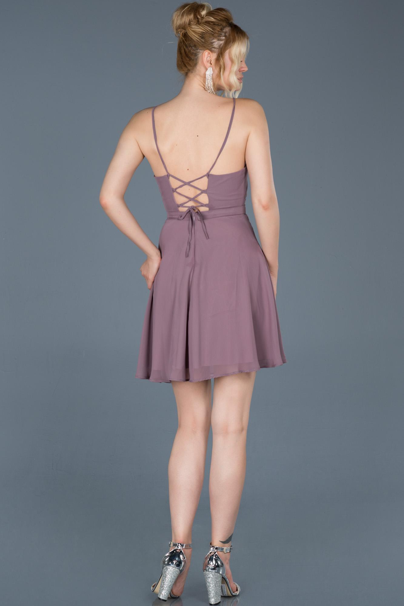 Lavanta Sırt Dekolteli Şifon Elbise